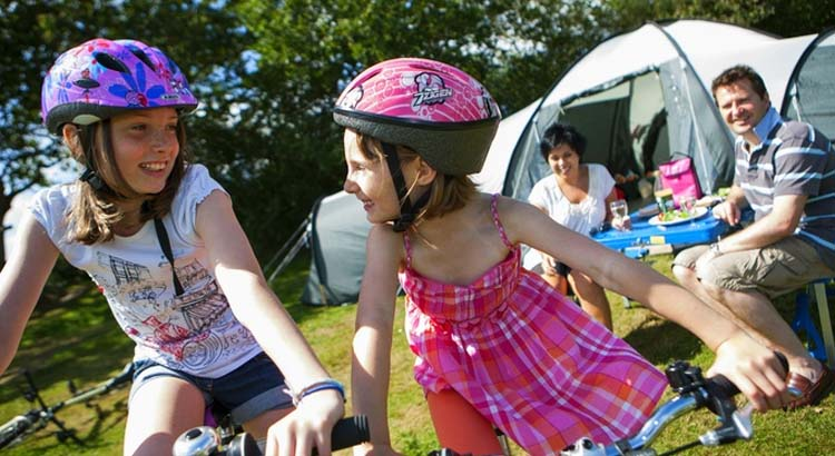 Our top camping holiday tips for newbie campers