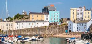 FBM Holidays Tenby Cottages